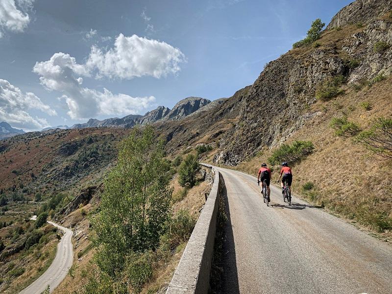 Strasse auf den Col de la Croix de Fer